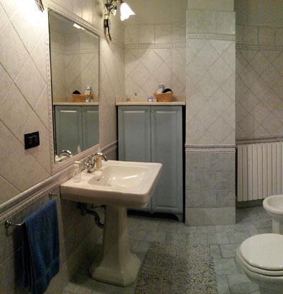 bagno di servizio - Rivestimenti Bagno Moderno Piccolo