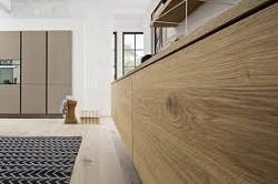 I materiali dei mobili laccato laminato o impiallacciato