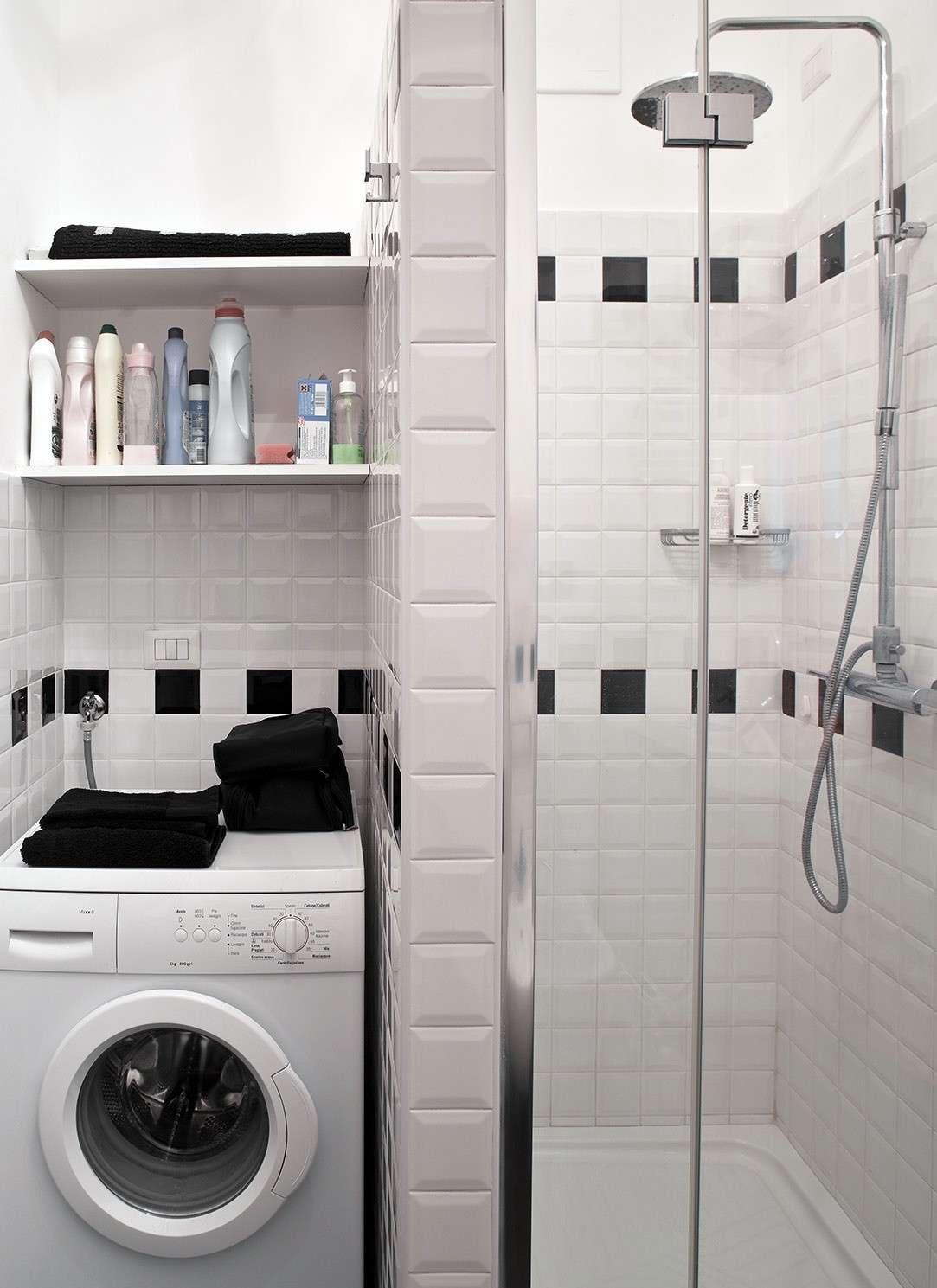 Immagini Di Bagni Piccoli 5 idee per inserire la lavatrice in un bagno piccolo
