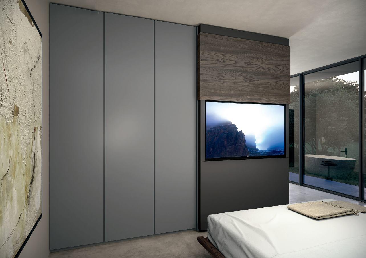 Come nascondere la tv in camera da letto